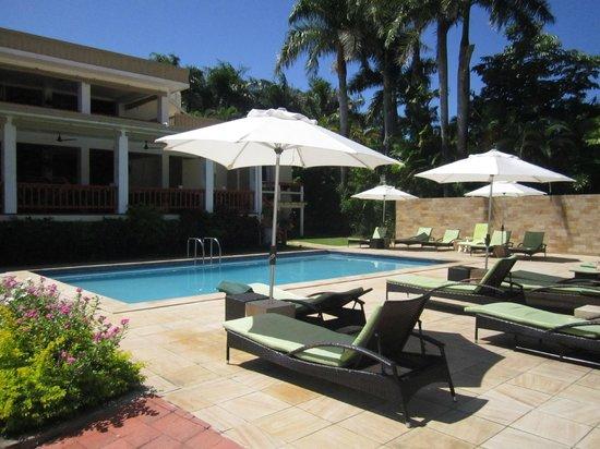 Bedarra Beach Inn: Pool area