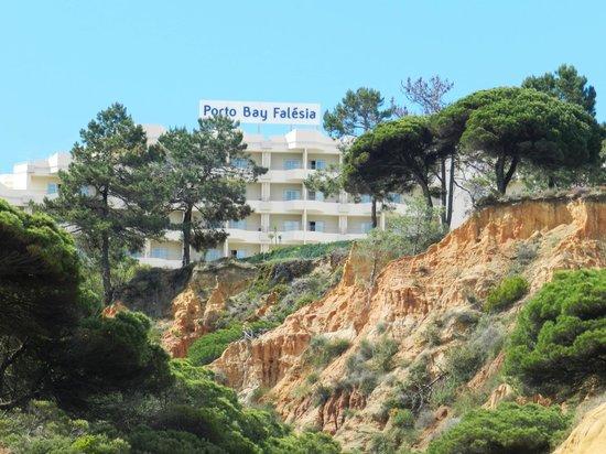 PortoBay Falesia : L'hôtel depuis la plage