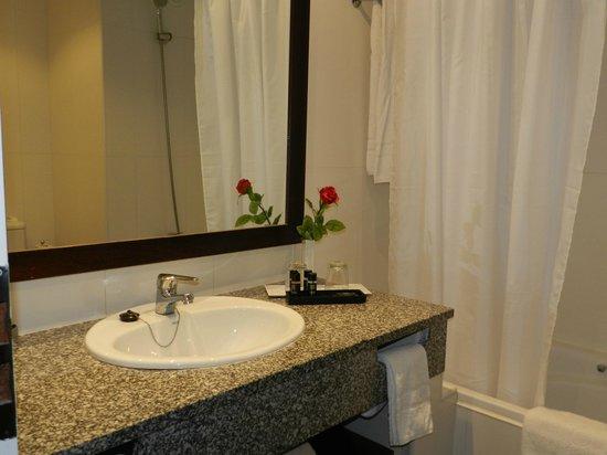PortoBay Falesia : La salle de bains