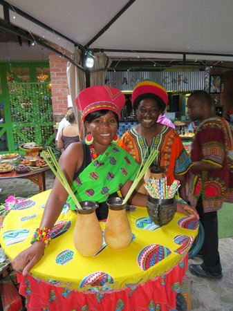 The Africa Cafe: Care for some ice tea?