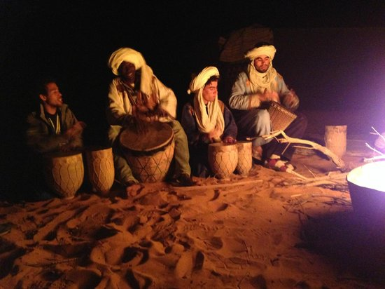 Morocco Excursions: Music by the camp fire