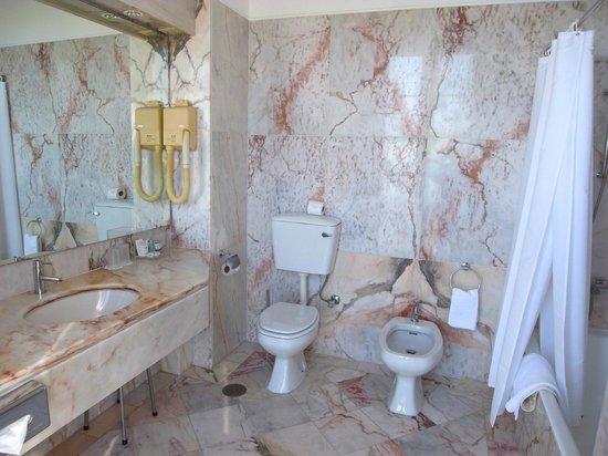 Pousada De Viana Do Castelo Charming Hotel : バスルーム