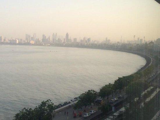 The Oberoi, Mumbai: Sea View Room at The Oberoi Mumbai