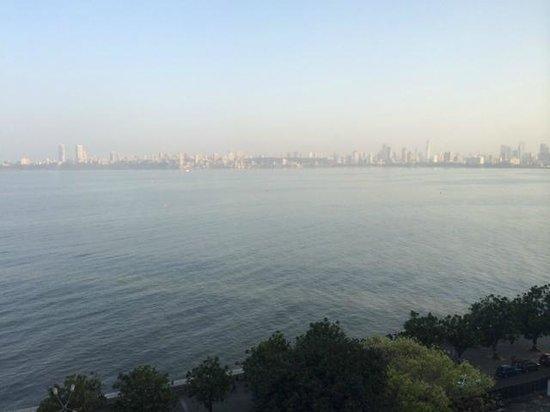 The Oberoi, Mumbai : Sea View Room at The Oberoi Mumbai
