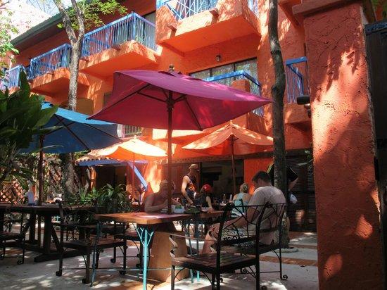 Baan Samui Resort: Breakfast area