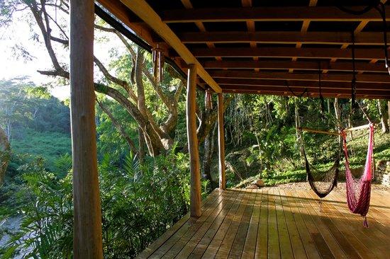 Mystic River Resort: Hammocks overlooking the river