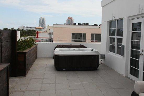 Hotel Breakwater South Beach: Aussicht aus dem Zimmer auf die Terrasse