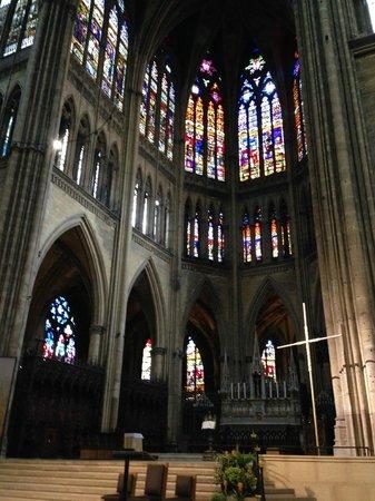 Cathédrale Saint-Étienne : interno