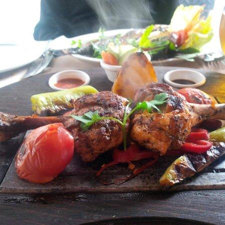 Babylonia Garden Terrace : Chicken grill