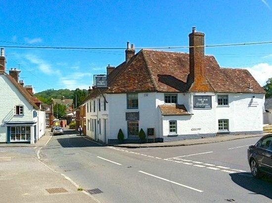 The Inn at Cranborne: Perfect location