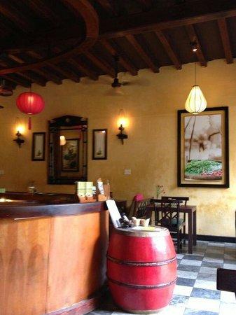Morning Glory Restaurant: Interior