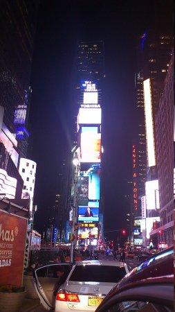 Times Square Visitors Center: 世界の中心