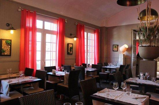 L'Auberge du Cens : salle du restaurant
