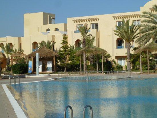 Hotel Djerba Les Dunes: La piscine très agréable