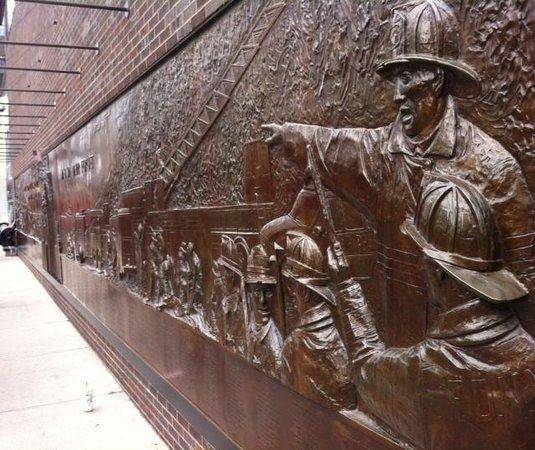 911 Ground Zero Tour: 9_11 Wall TC