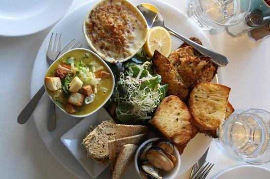 Umu: mussels platter