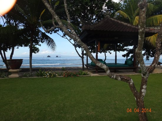 Puri Bagus Candidasa : view from pool