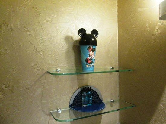 Disney's Hollywood Hotel: Very cute disney toiletries
