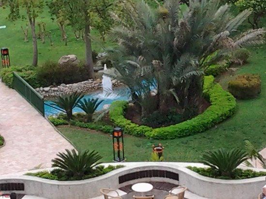 Limak Arcadia Golf & Sport Resort : uitzicht vanuit onze kamer