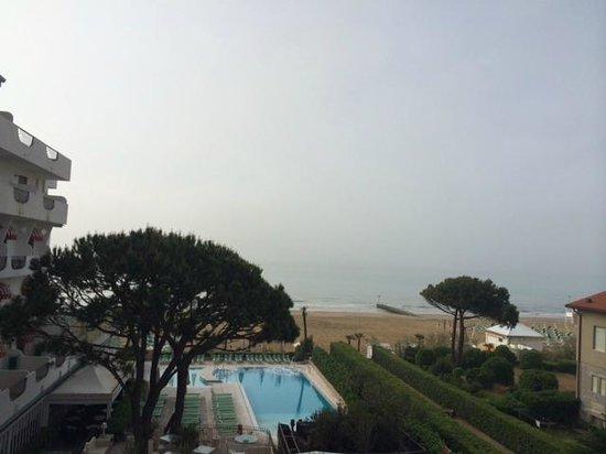 Hotel Nettuno : Il mare dalla nostra camera