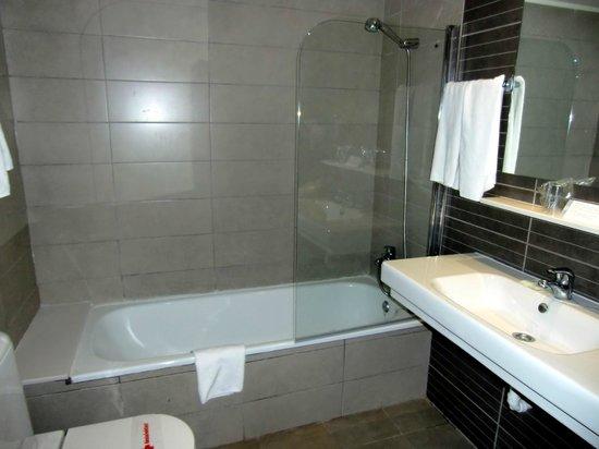 Dream Hotel Villa Tagoro : Bathroom