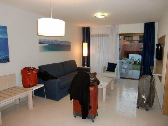Tagoro Family & Fun Costa Adeje : Living area