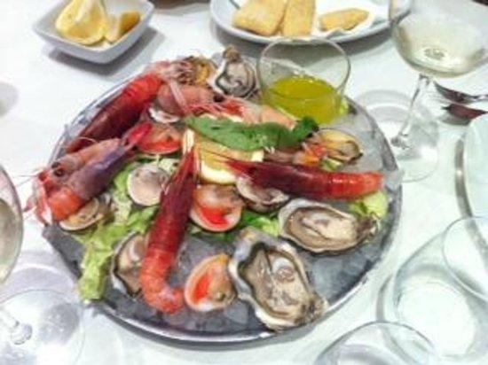 Centro Ittico Raw Fish Cafe : gran crudo