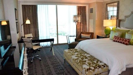 Four Seasons Hotel Las Vegas: The Four Seasons Room