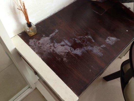 Khurana Inn : Dresser
