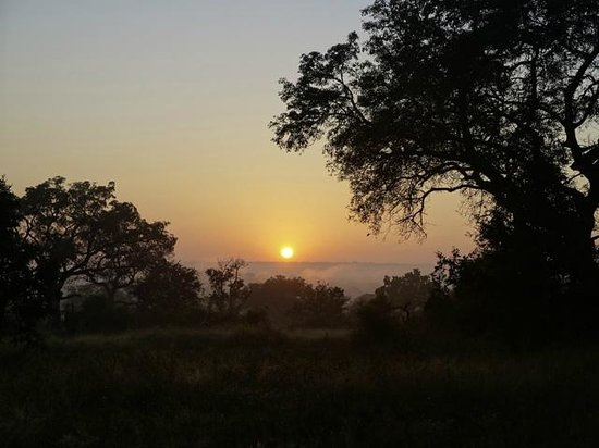 Umkumbe Safari Lodge: Ein traumhafter Sonnenuntergang