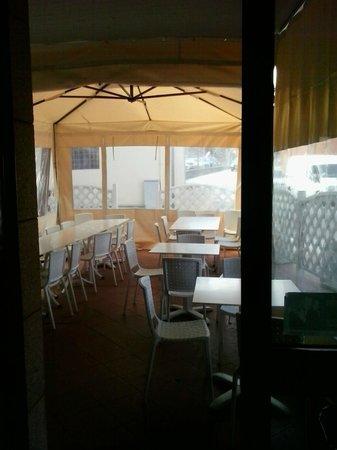 San Casciano in Val di Pesa, Italia: Interno lato strada