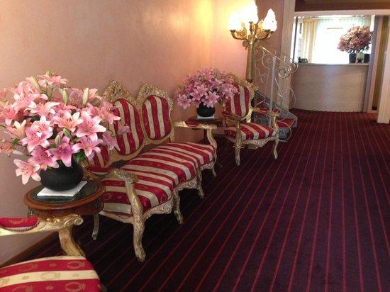 Hotel Adriatica : Le hall de l'hôtel