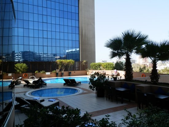 Majestic Hotel Tower: Pool Area.