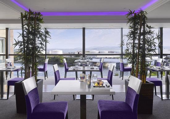 Radisson Blu Hotel & Spa, Galway: RAW - Sea View