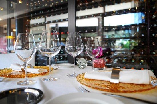 Restaurant Le 860 : La cave à vins.