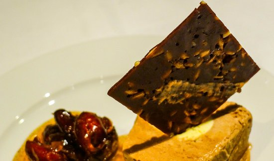 Verres en Vers: Coffee Lait Parfait with Cinnamon Dates