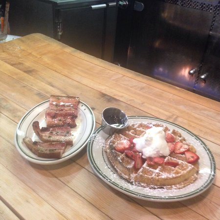 Peter's Since 1969 : Brunch - Waffle and bacon