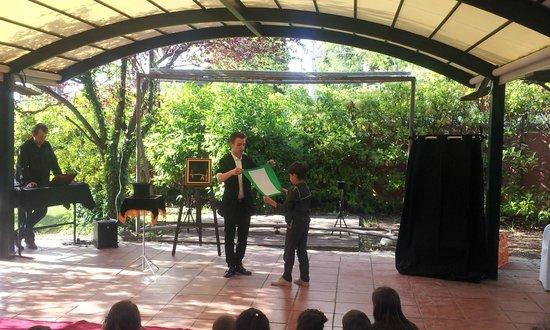 Sant Just Desvern, España: Espectáculo de magia