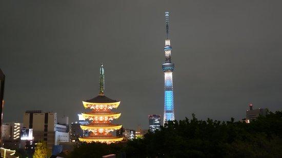 Richmond hotel Asakusa: Senso ji 5 pillar pagoda and Tokyo Skytree