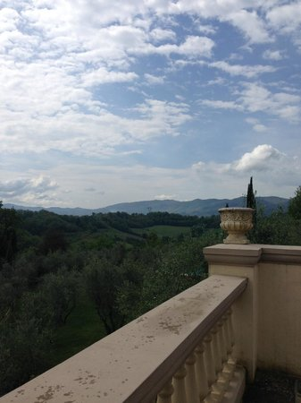 Villa la Borghetta Spa Resort: vista dalla hall dell'hotel