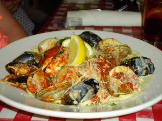 The Crazy Crab: Seafood Linguine