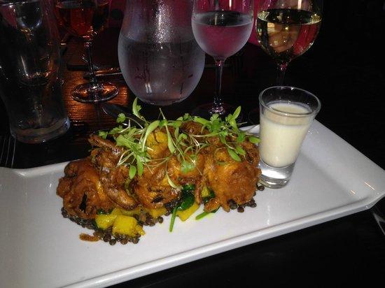 Oscar's Restaurant: Gorgeous monkfish bhaji