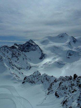 Active Hotel Alpen: pistas de esqui lo mas alto de Austria a un ratin en bus desdel hotel Alpen