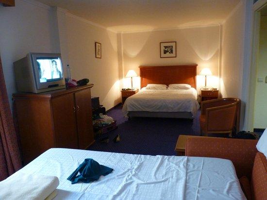 Castelli Hotel: Camera