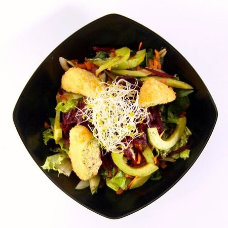 Dupa Drupadi : create your own salads. YUM