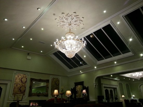 Fitzgerald's Woodlands House Hotel: Lovely reception