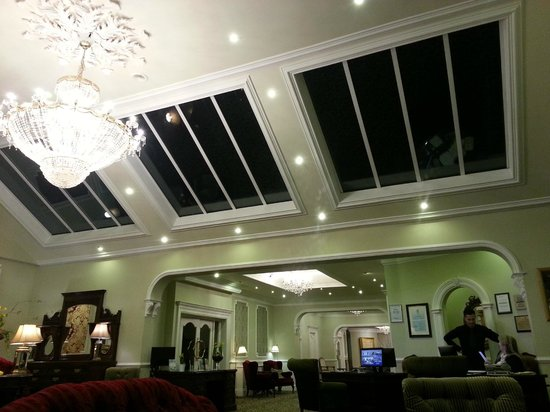 Fitzgerald's Woodlands House Hotel: Lovely reception 2