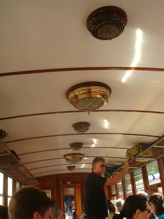 Ferrocarril de Soller : Tren, alumbrado