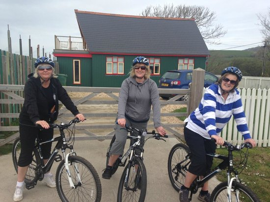 Island Cycling Adventures - Day Tours: Island Cycling Adventures