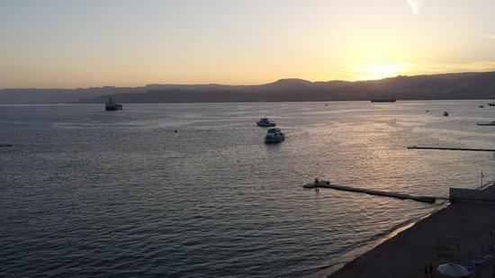 Kempinski Hotel Aqaba Red Sea : PÅ balkongen